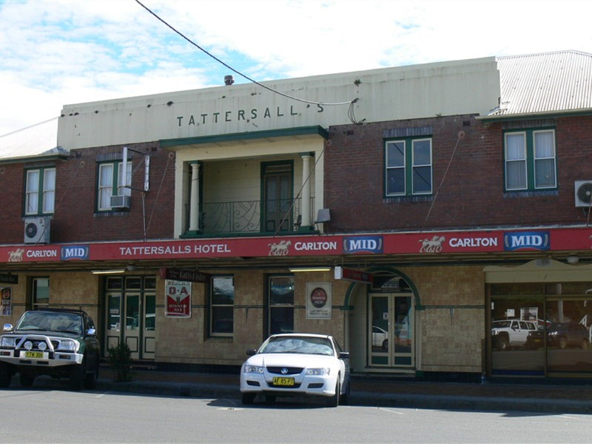 Tattersalls Hotel - Casino - Accommodation Cairns