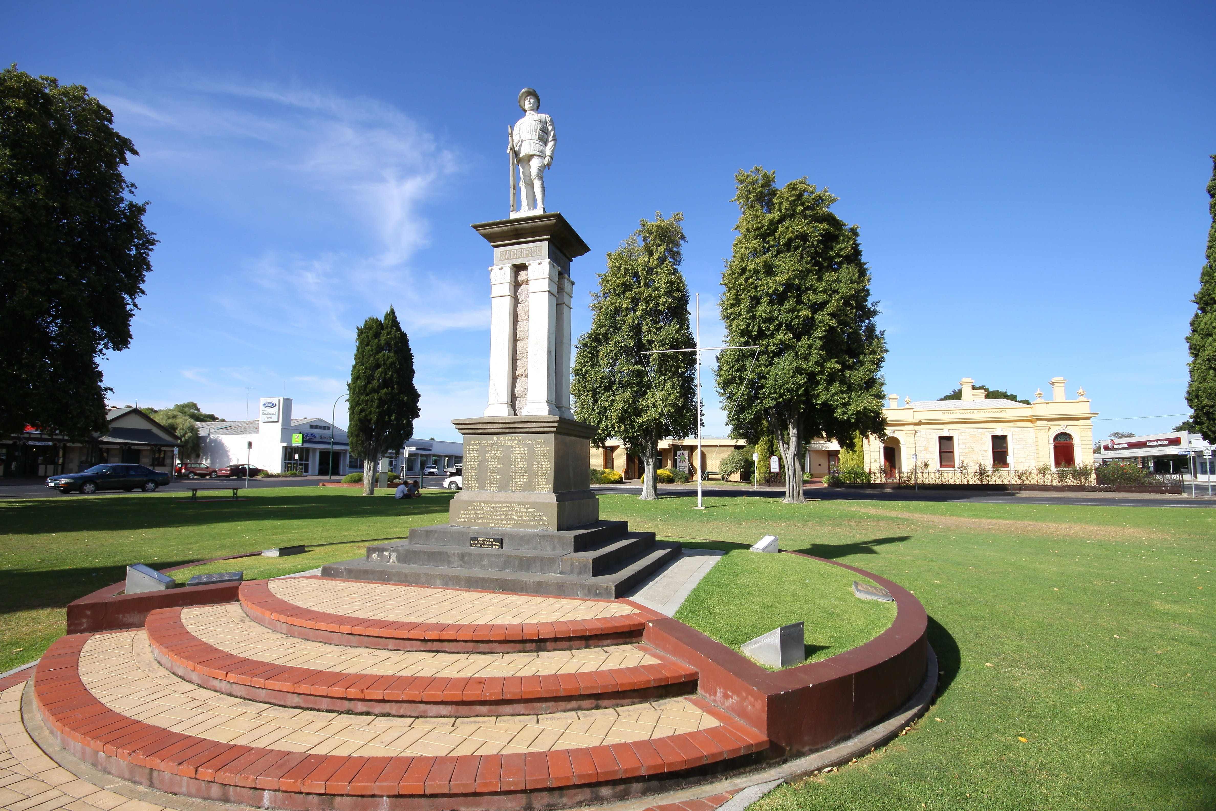Naracoorte Town Square - Accommodation Cairns