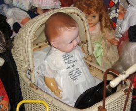 Little Darlings Doll Museum and Coffee Shop - Accommodation Cairns