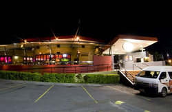 Fitzy's Hotel - Accommodation Cairns