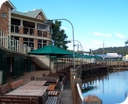 The Woodport Inn - Accommodation Cairns