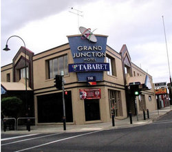 Grand Junction Hotel - Accommodation Cairns