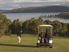 North West Bay Golf Club - Accommodation Cairns