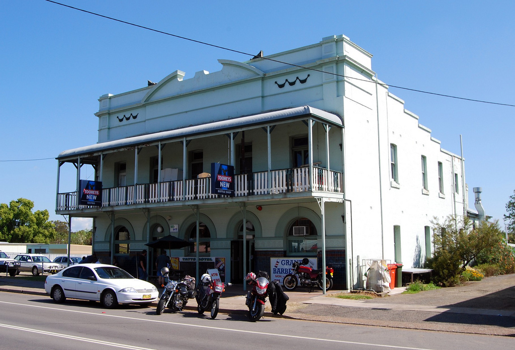 Tattersalls Hotel - Accommodation Cairns