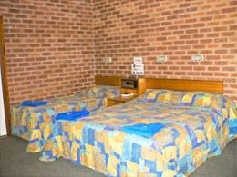 Bohle Barn Hotel Motel - Accommodation Cairns