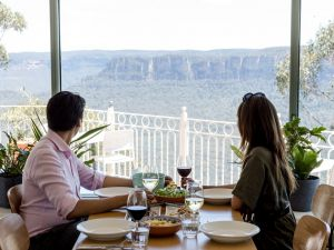 Christmas Day Lunch at The Lookout Echo Point - Accommodation Cairns
