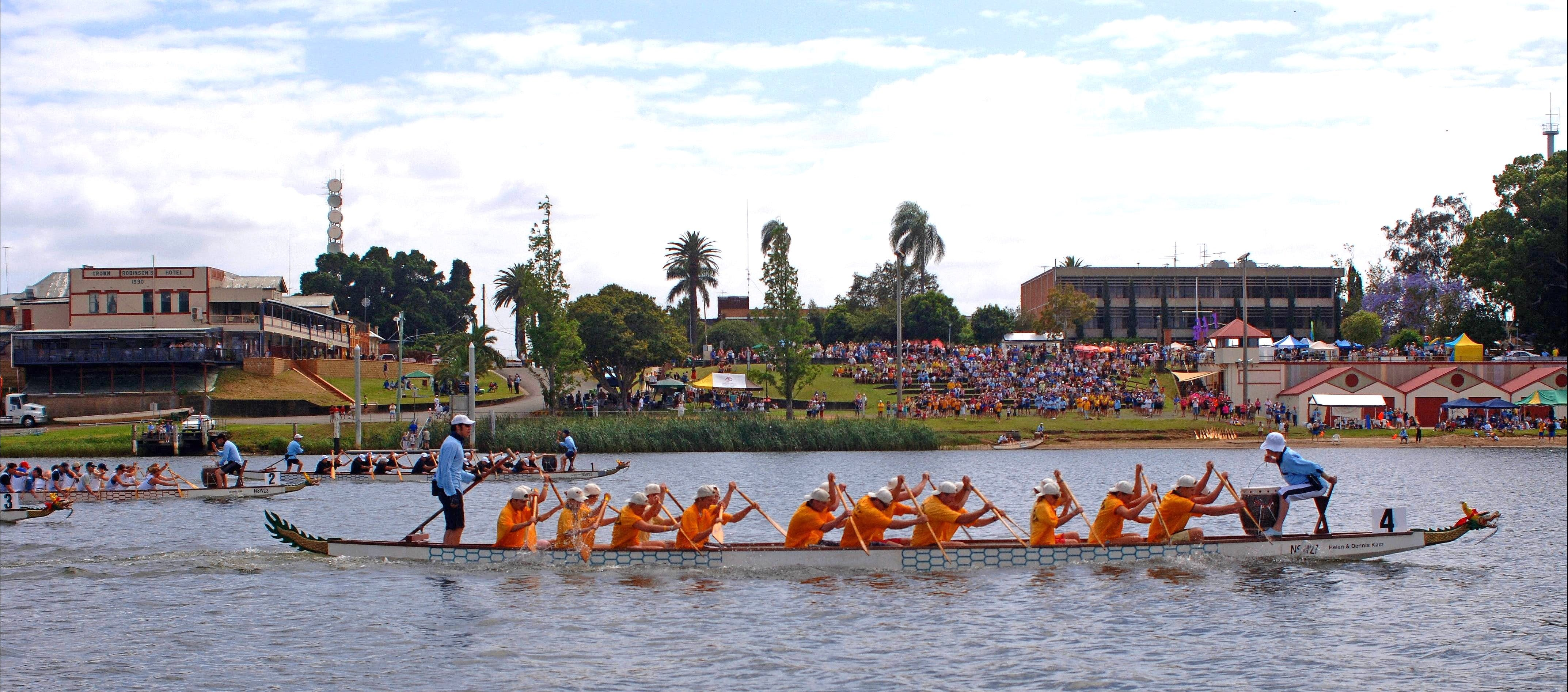 Jacaranda Dragon Boat Races - Accommodation Cairns