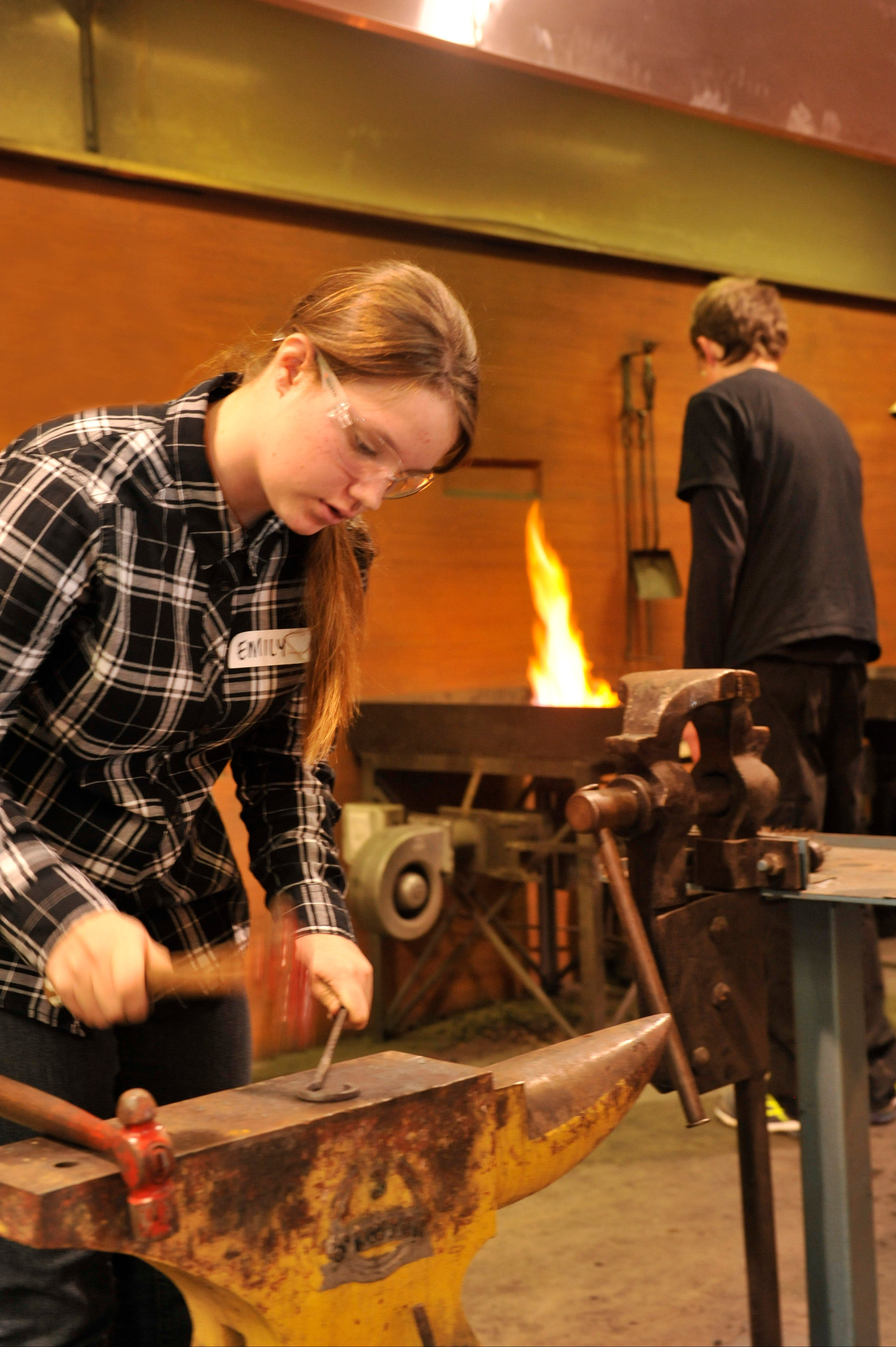 Blacksmithing Teen Workshop - Accommodation Cairns