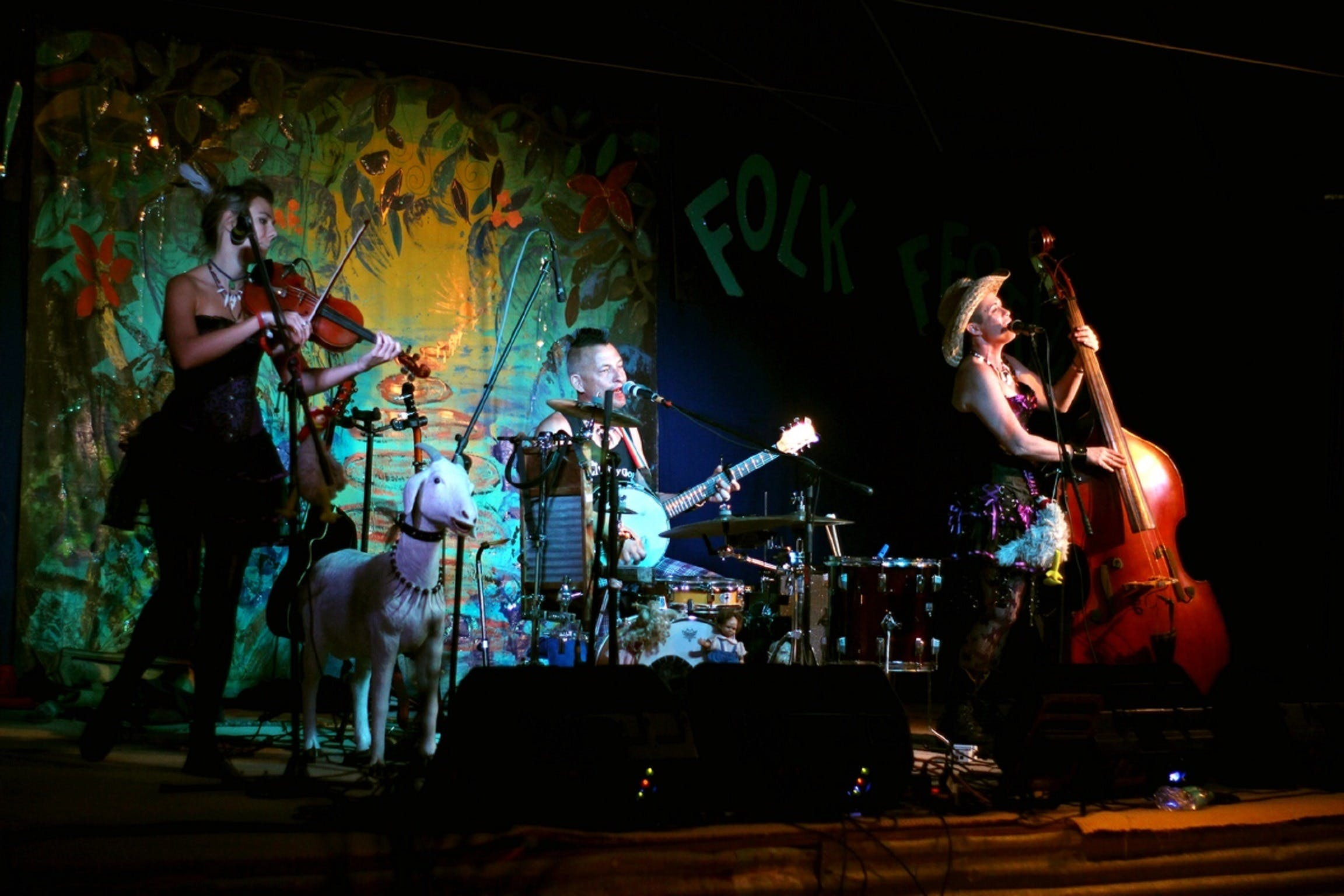 Bony Mountain Folk Festival - Accommodation Cairns