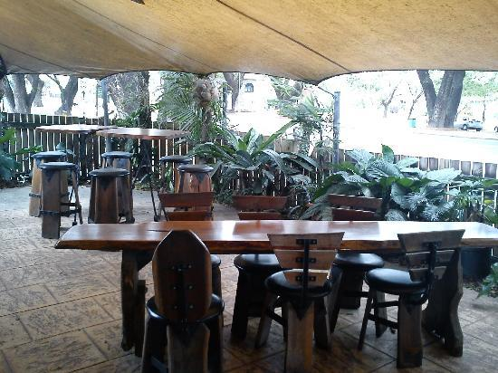 Raintrees Cafe Restaurant - Accommodation Cairns