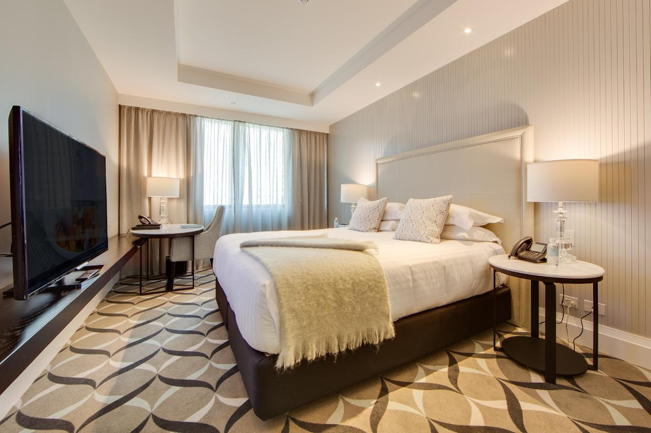 Mayfair Hotel - Accommodation Cairns