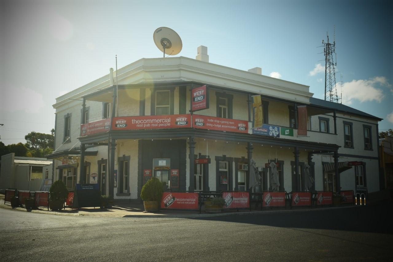 Commercial Hotel Morgan - Accommodation Cairns