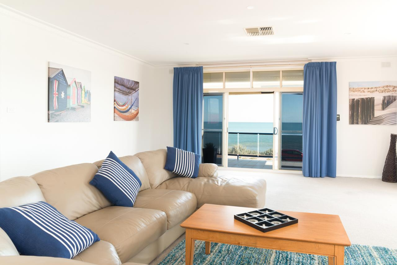 Seaview Sunset Holiday Apartments - Accommodation Cairns