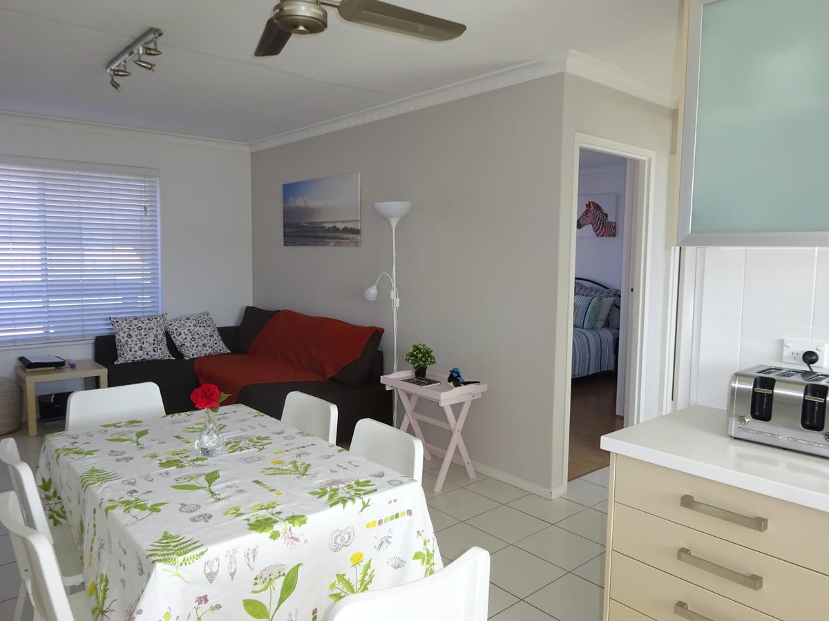 Selene Holiday Apartment West Beach - Accommodation Cairns