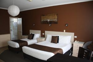 Lakeview Motel and Apartments - Accommodation Cairns