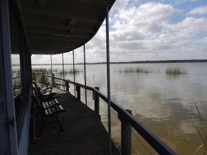 PS Federal Retreat Paddle Steamer Goolwa - Accommodation Cairns