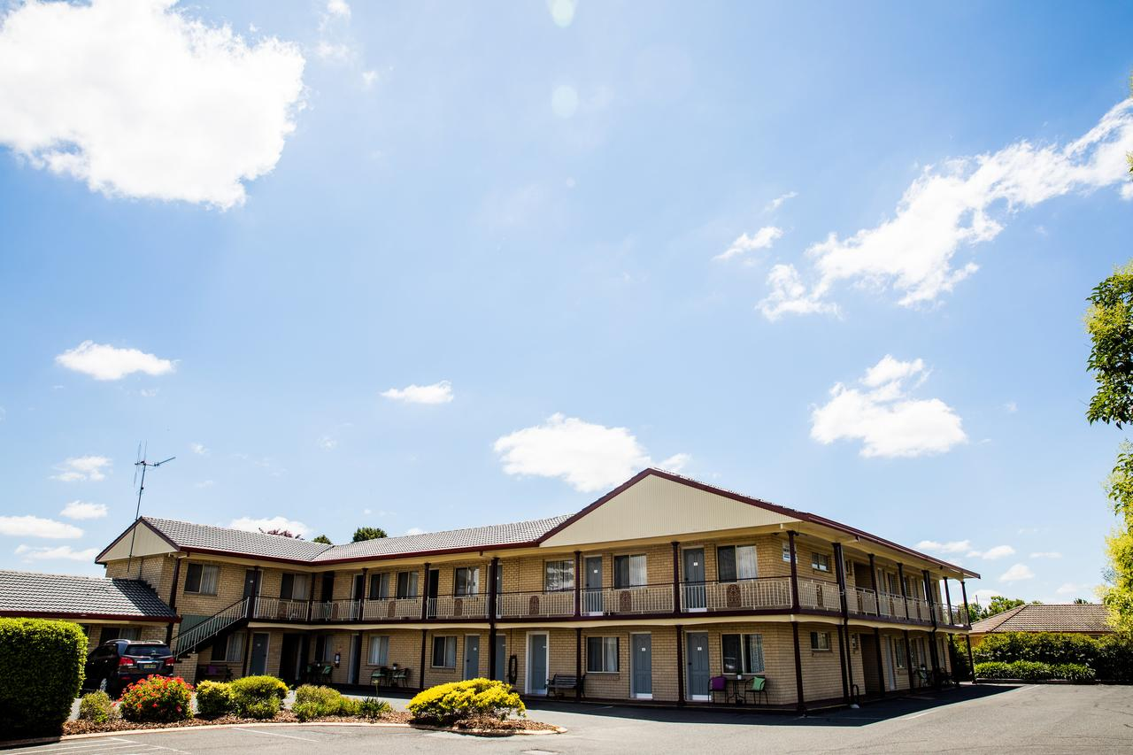 Lilac City Motor Inn  Steakhouse - Accommodation Cairns