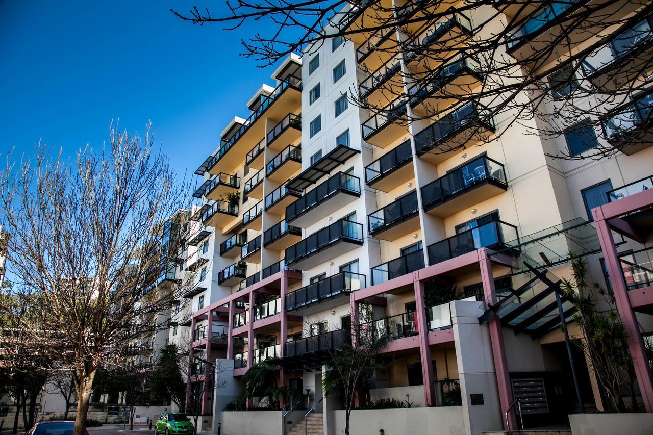 Apartments on Mounts Bay - Accommodation Cairns
