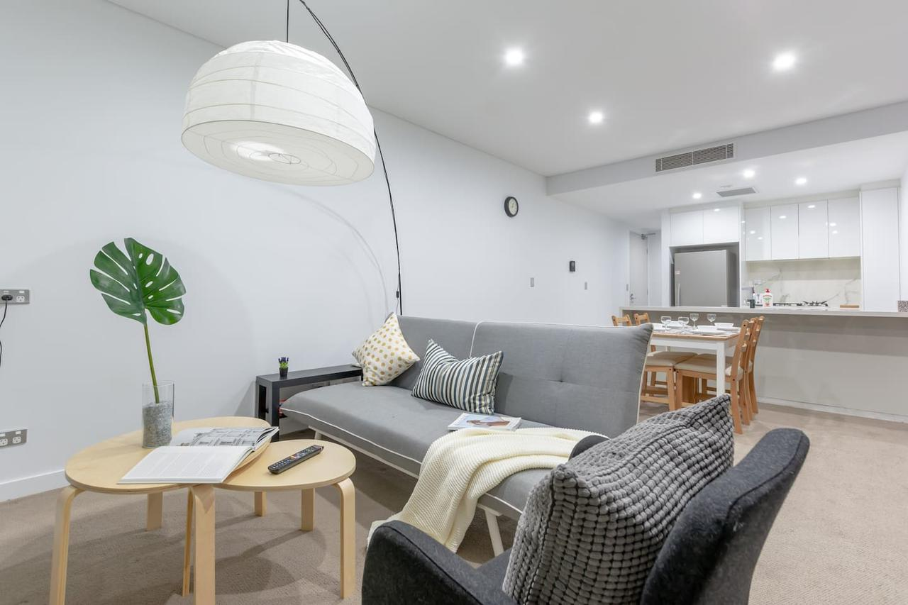 Inner City Stylish apt Walk to Green Square - Accommodation Cairns