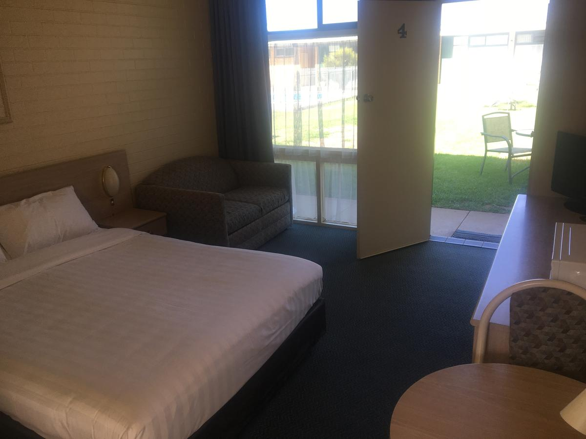 Junee Motor Inn - Accommodation Cairns