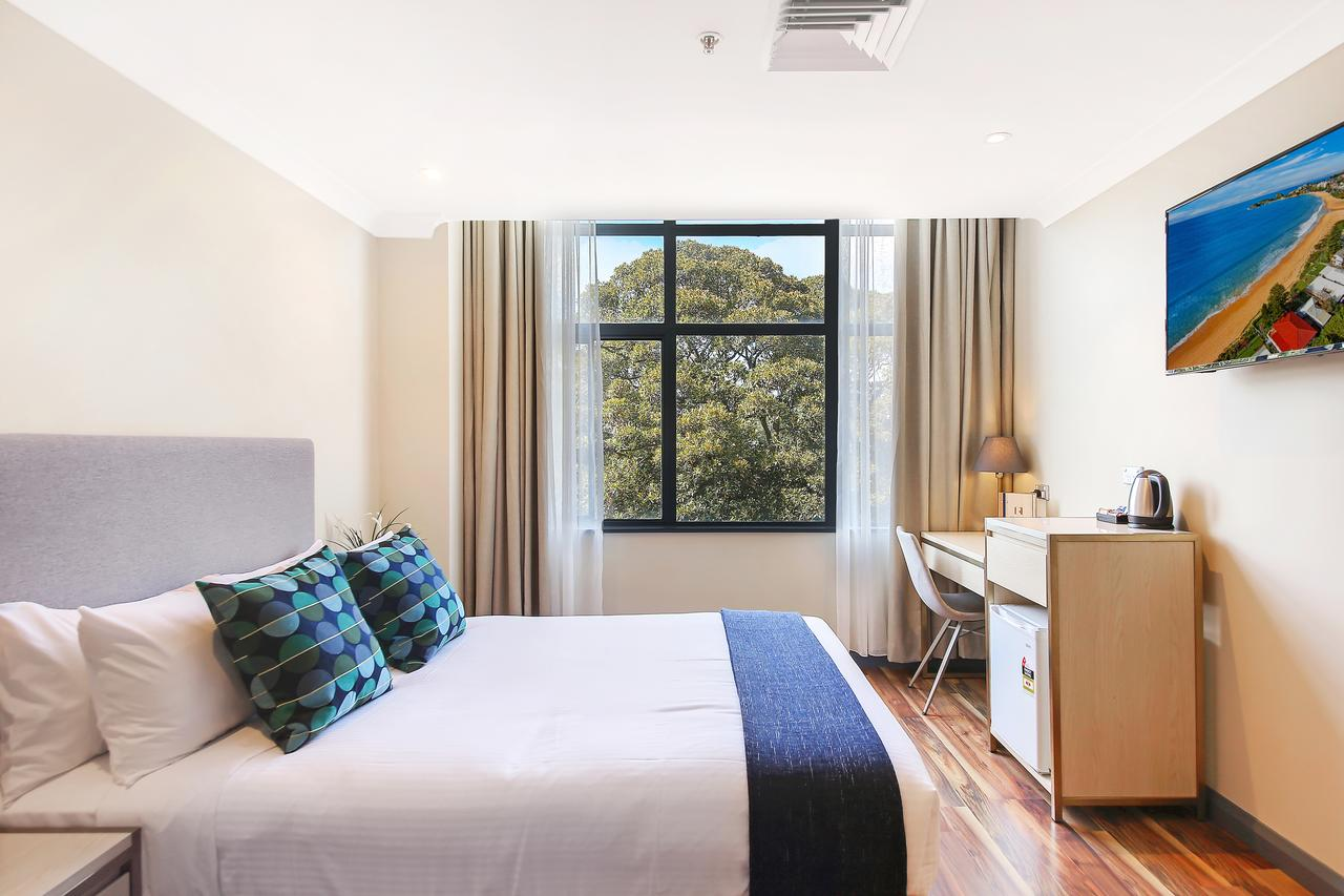 Ryals Hotel - Broadway - Accommodation Cairns