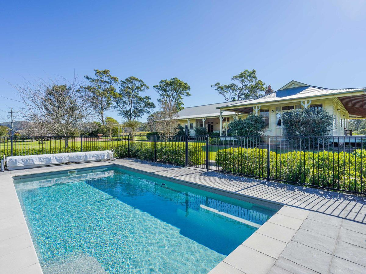 Roscrea Homestead - Luxury Retreat - Accommodation Cairns