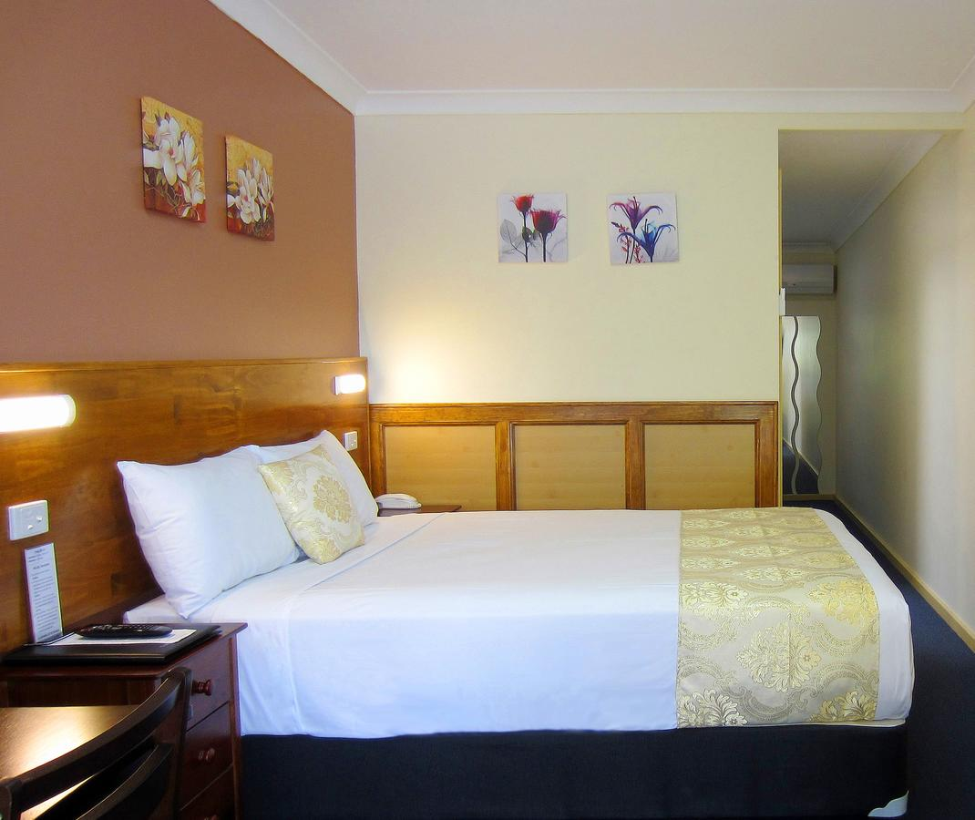 Highway Motor Inn Taree - Accommodation Cairns