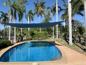 Pine Tree Motel - Accommodation Cairns