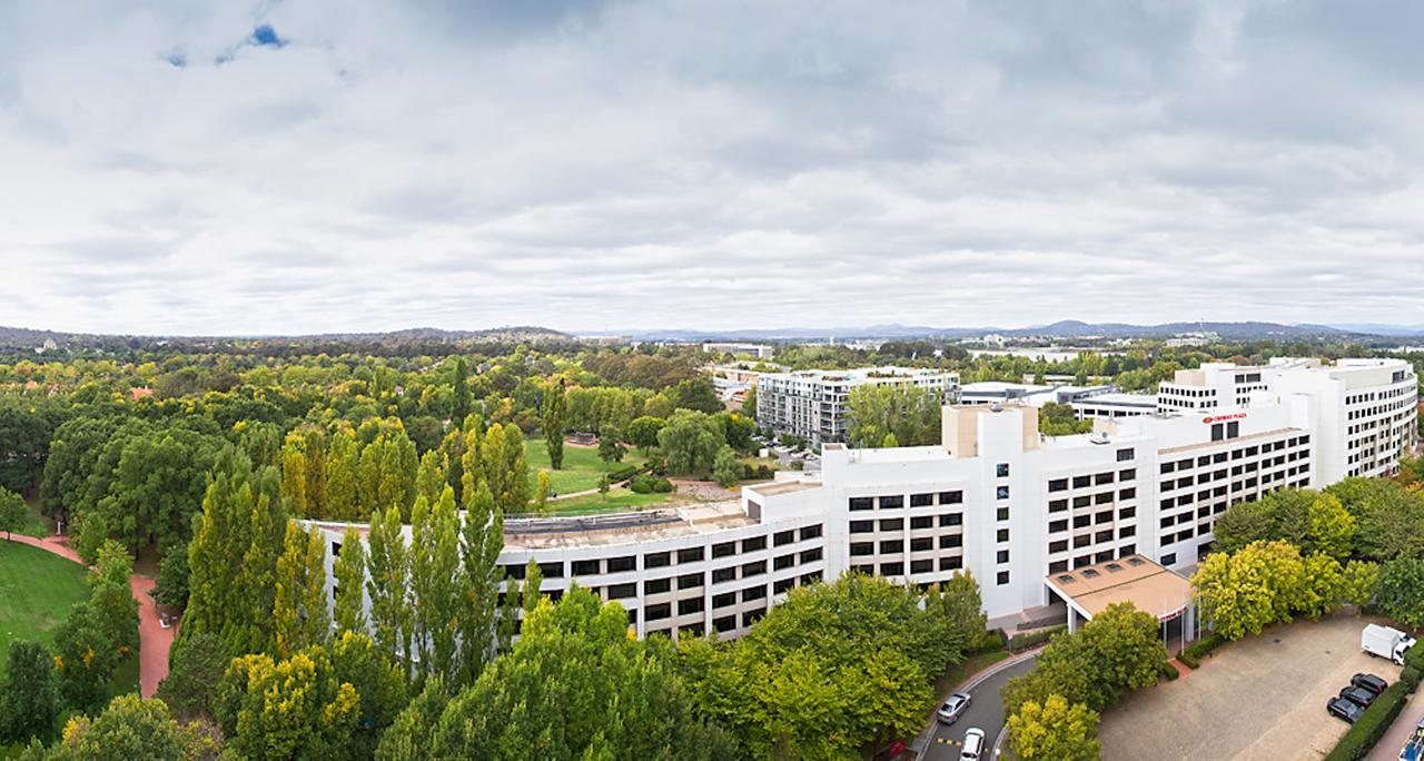 Crowne Plaza Canberra - Accommodation Cairns