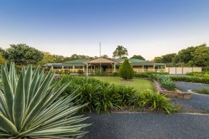 Bonville Lodge Bed  Breakfast - Accommodation Cairns