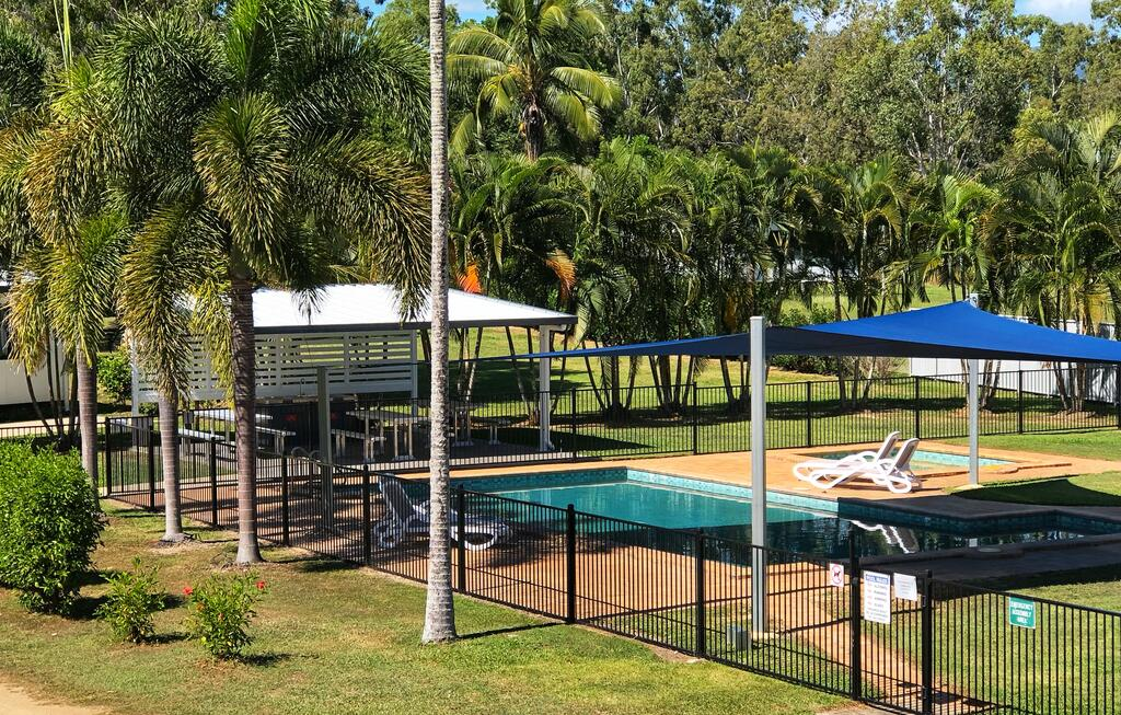 Crystal Creek Caravan Park - Accommodation Cairns