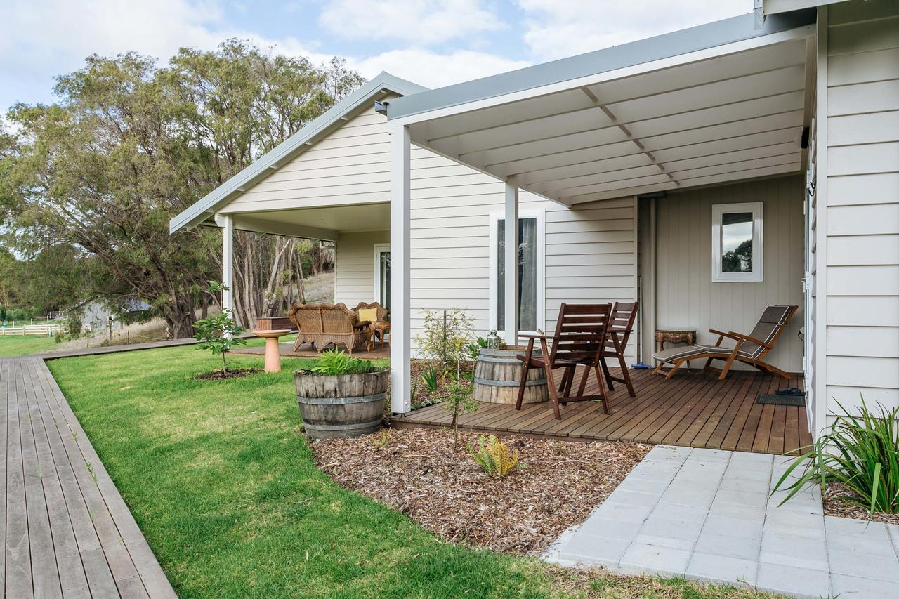 Stablebase - Accommodation Cairns