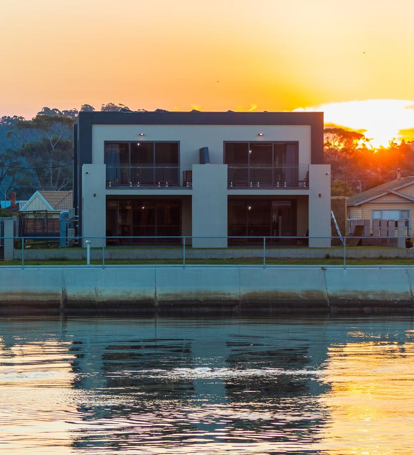 Ulverstone Waterfront Apartments - Accommodation Cairns