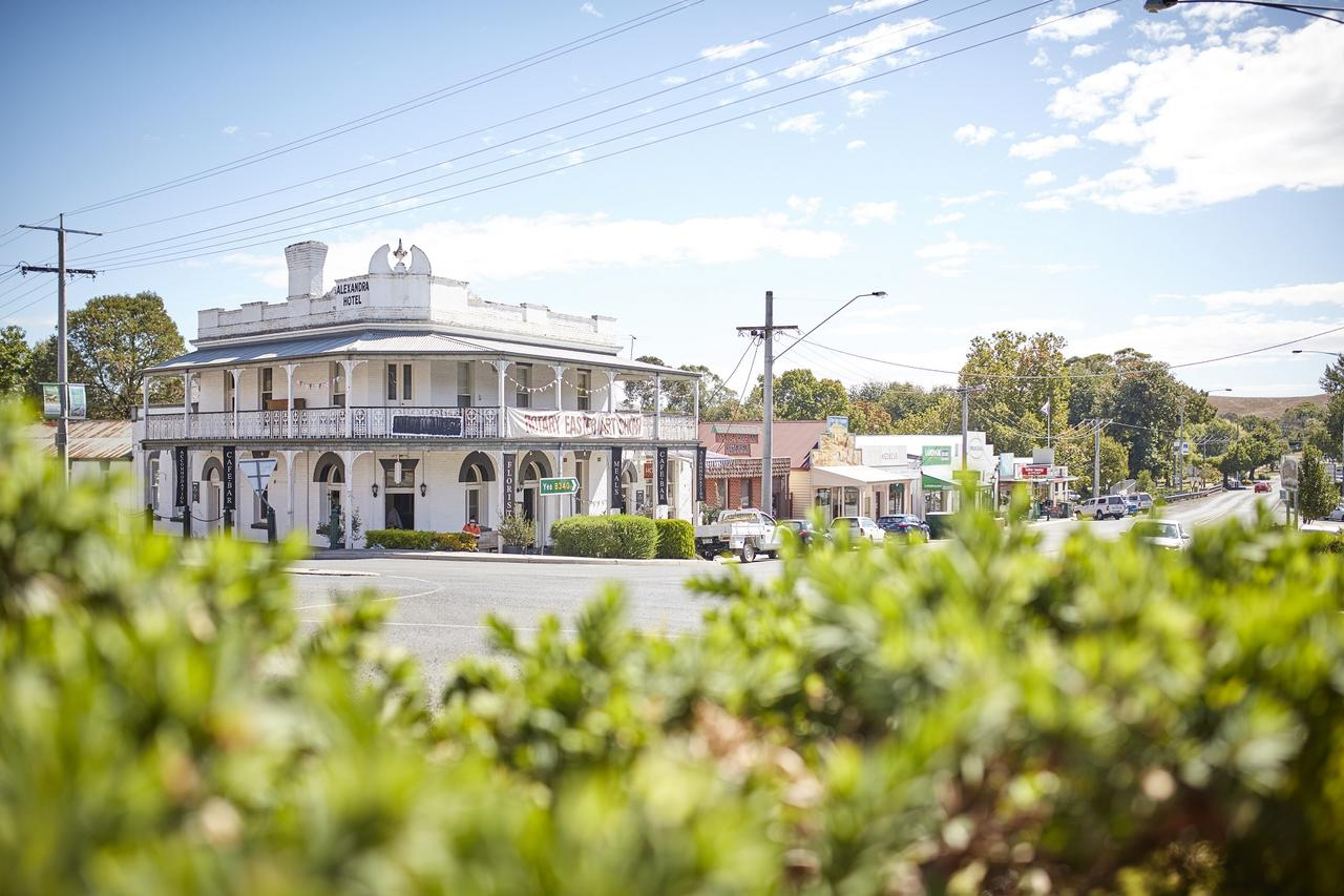 The Alexandra Hotel - Accommodation Cairns