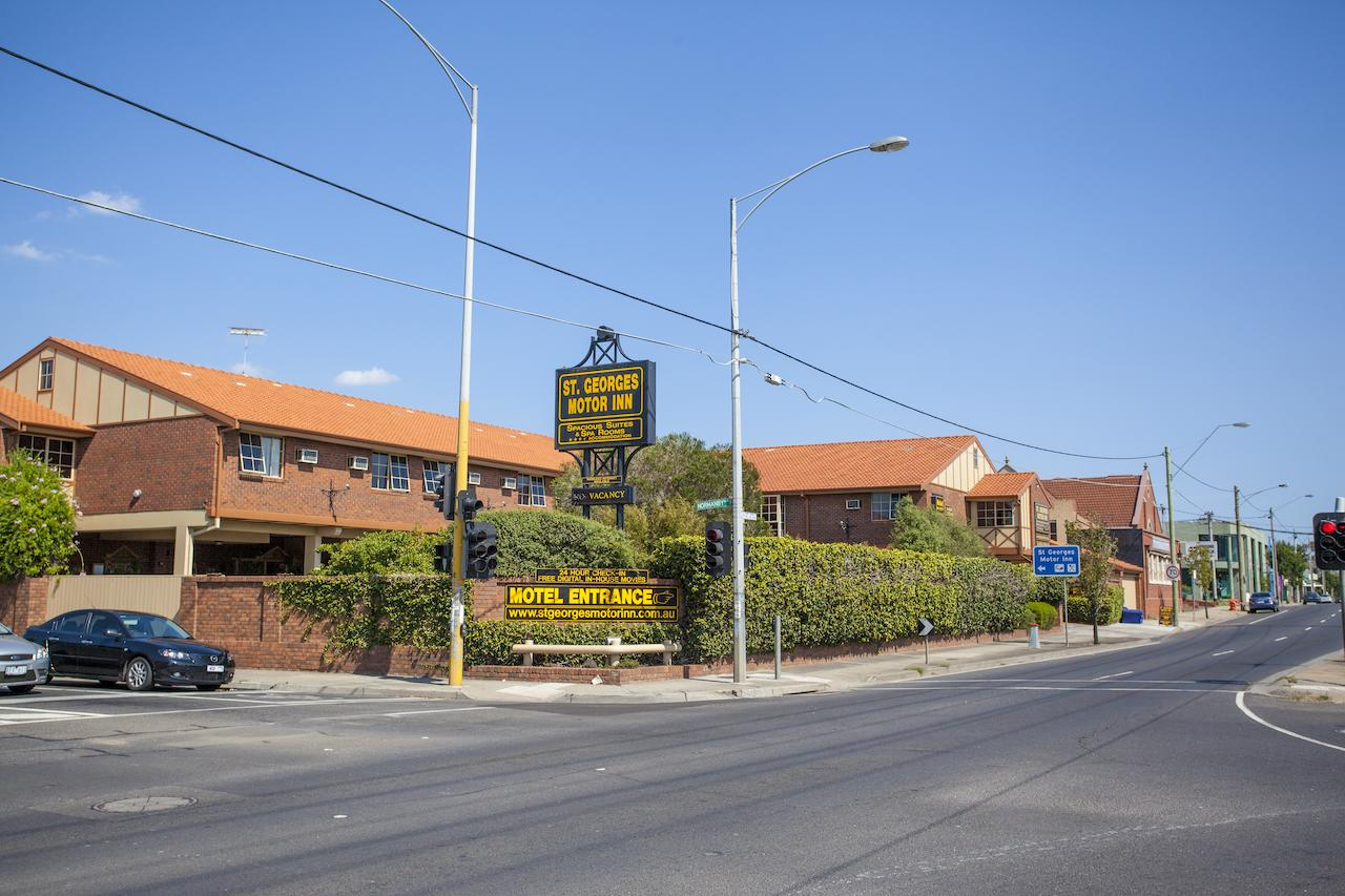 St Georges Motor Inn - Accommodation Cairns