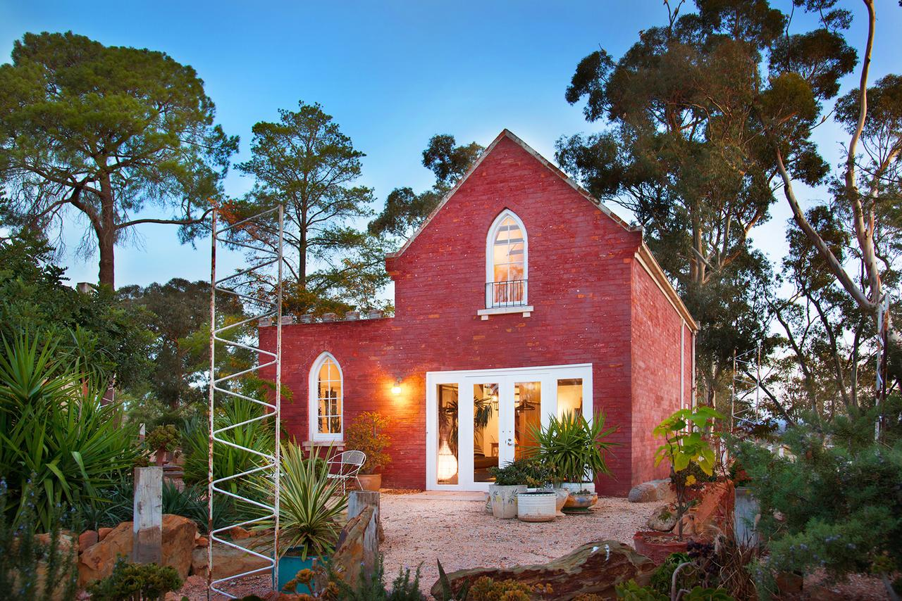 bebe castlemaine - Accommodation Cairns