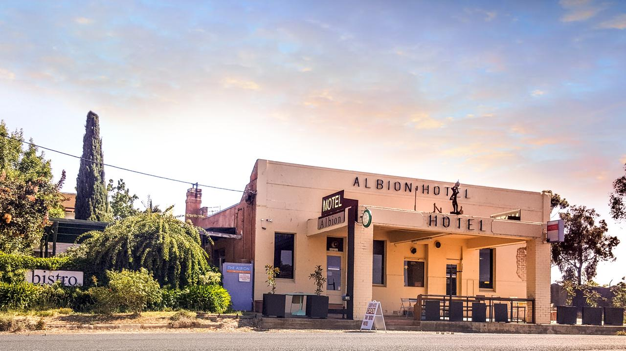 Albion Hotel and Motel Castlemaine - Accommodation Cairns