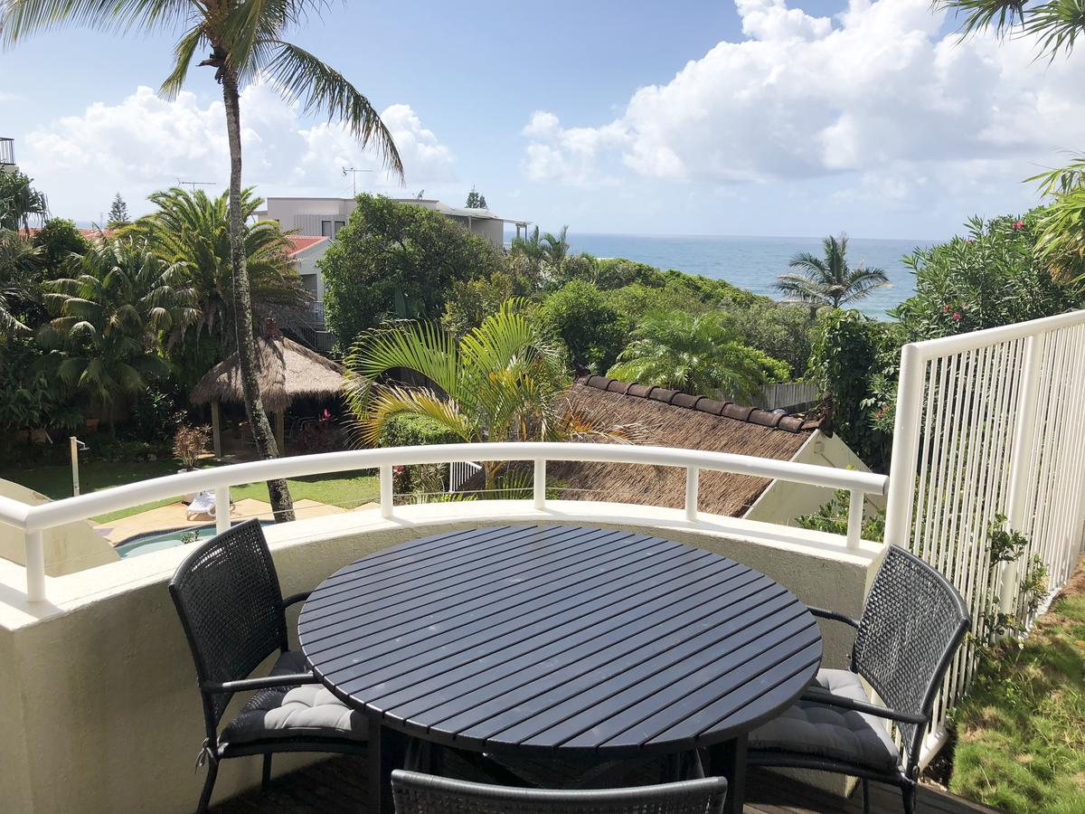 Sunshine Beach Luxe Apartment - Accommodation Cairns