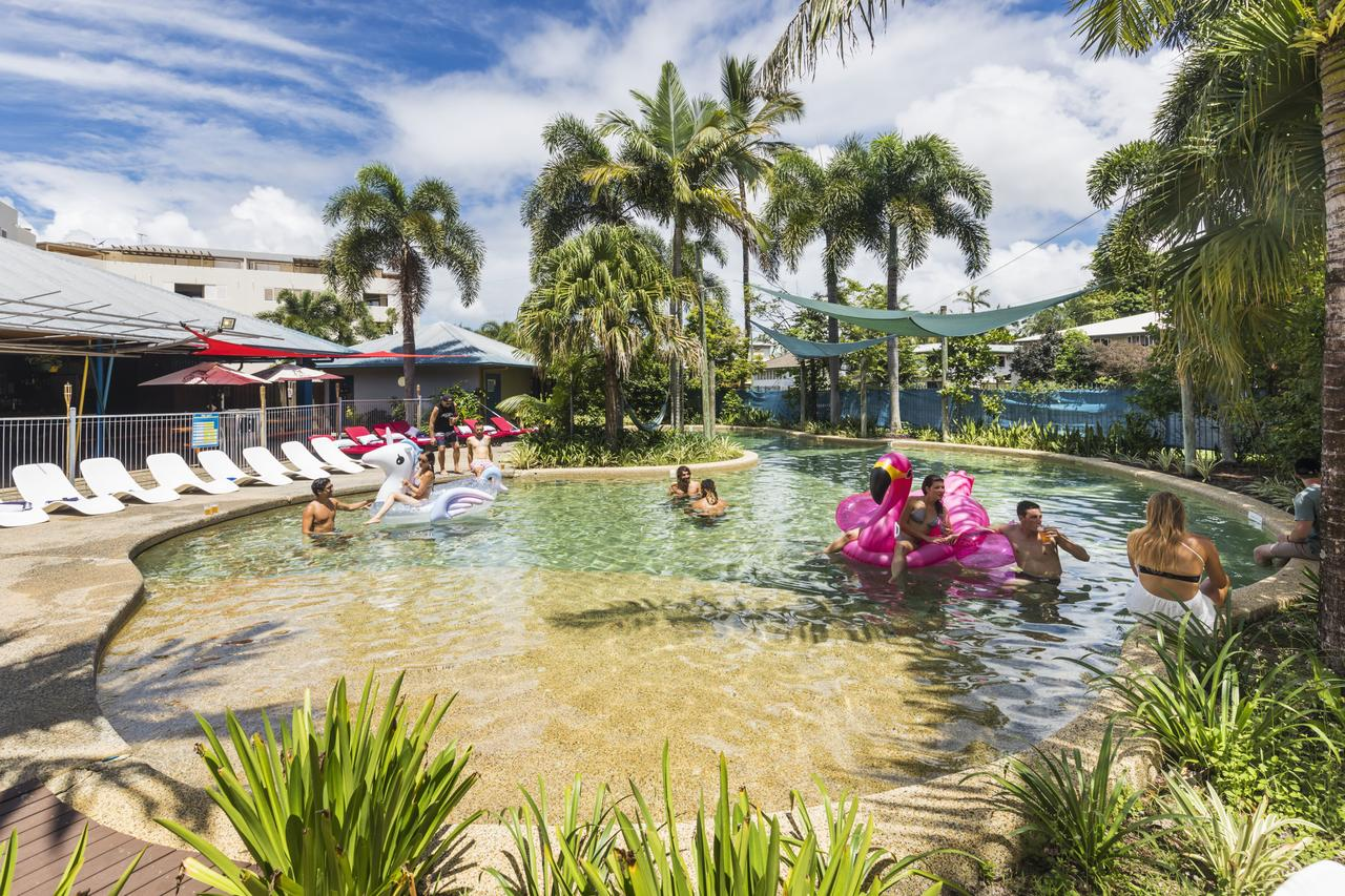 Summer House Backpackers Cairns - Accommodation Cairns