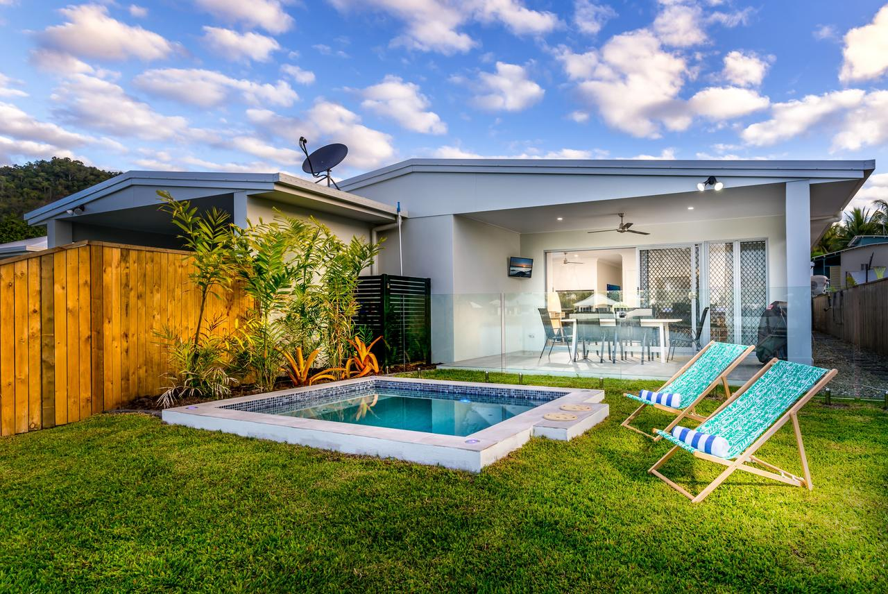 Blue Lagoon Villa A - Accommodation Cairns