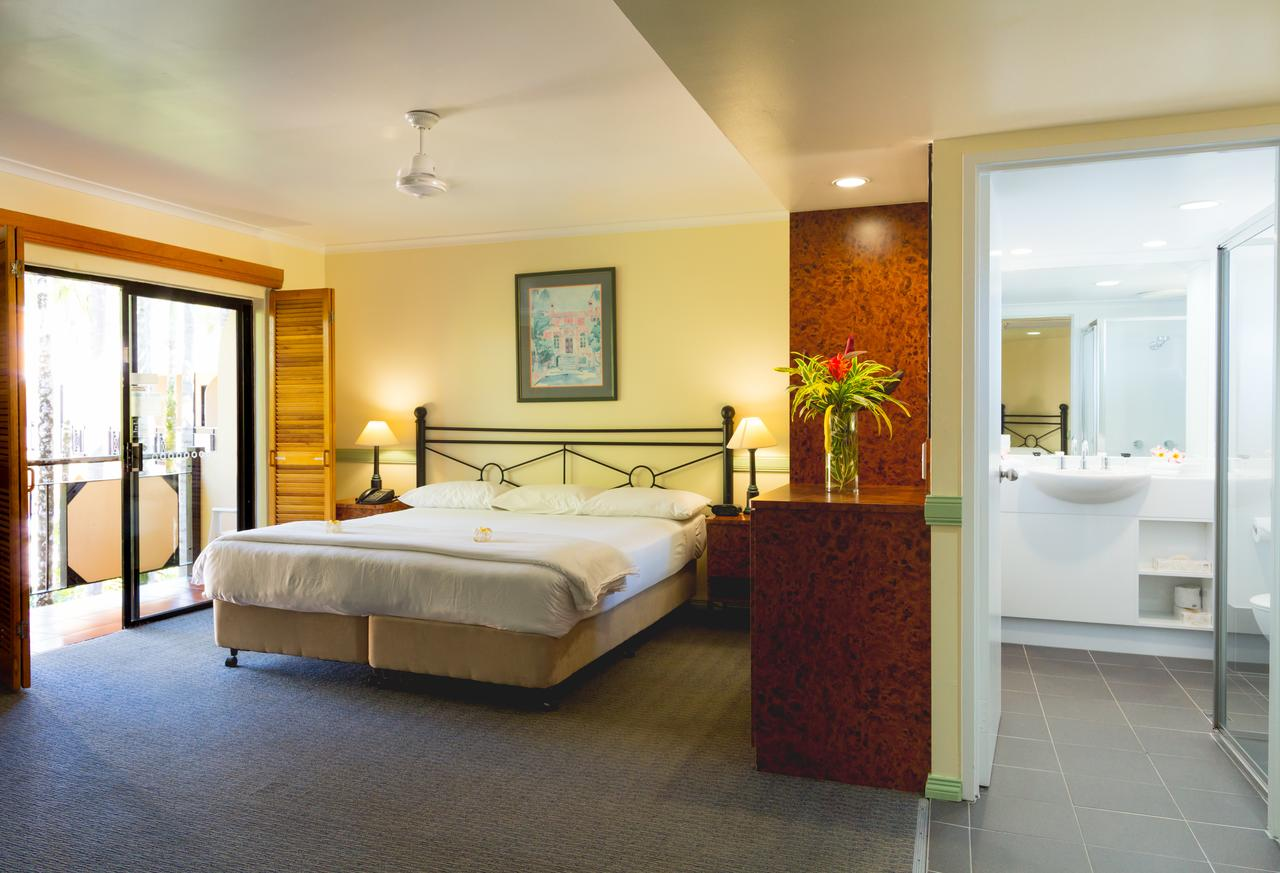 Palm Royale Cairns - Accommodation Cairns
