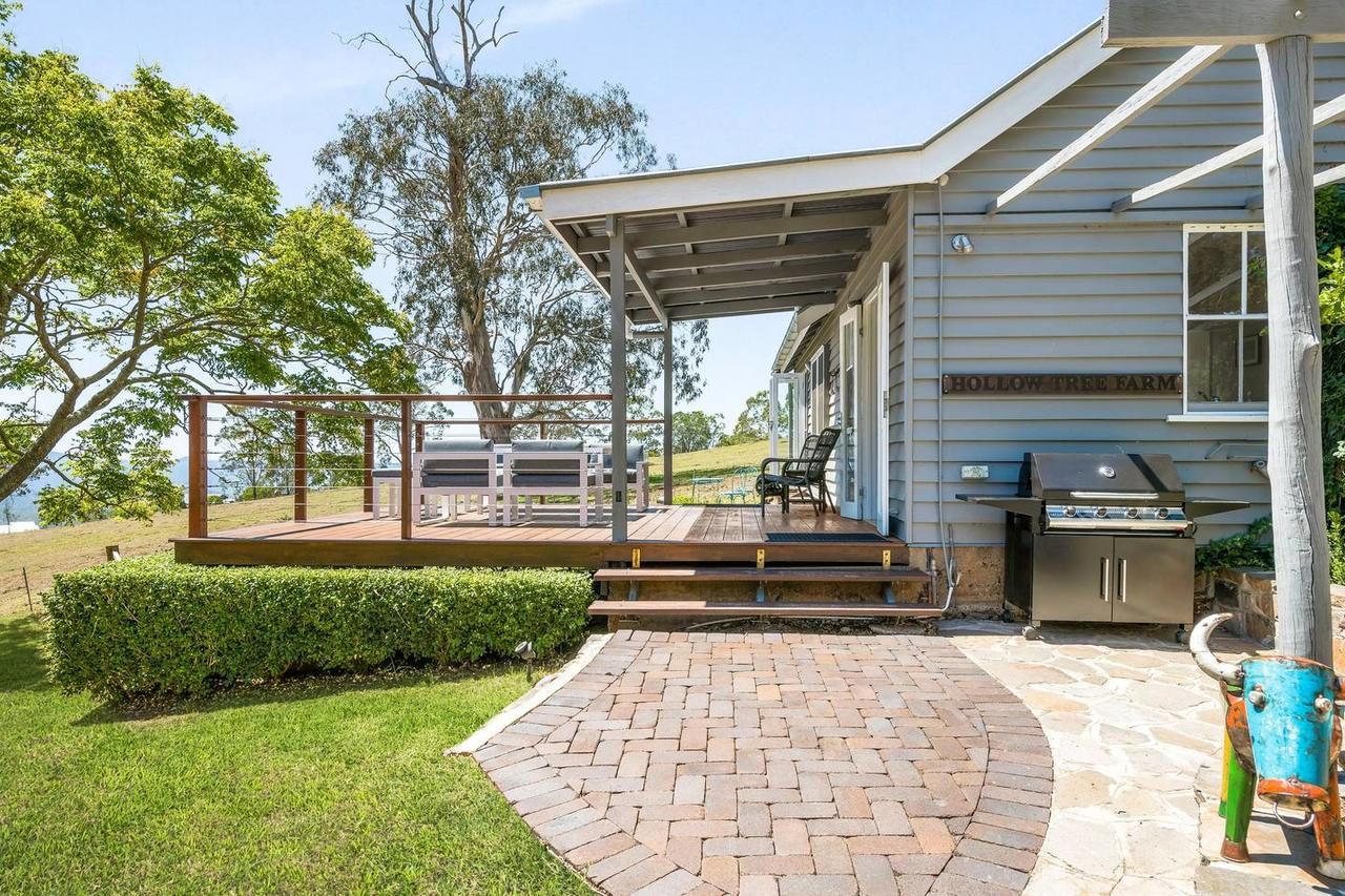 Hollow Tree Farm - Accommodation Cairns