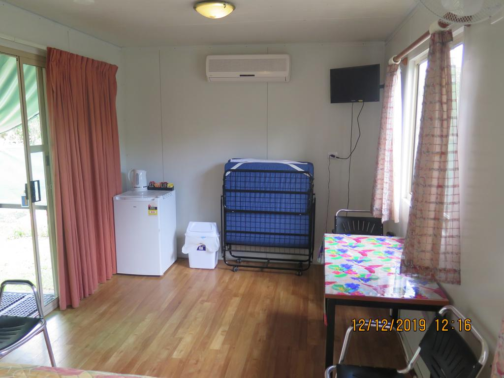 Batchelor Holiday Park - Accommodation Cairns