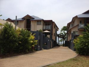 Beach House Apartment 1 - Accommodation Cairns